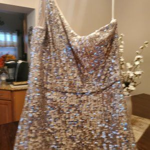 Xscape One-Shoulder Sequin Gown Size 10  NWT